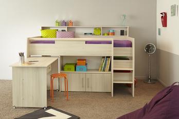 120c44423637 Detská izba pre malých nezbedníkov by ešte navyše mala byť v im  zodpovedajúcom dizajne. A naše návrhy. V podobnom duchu ako na našich  ilustračných ...